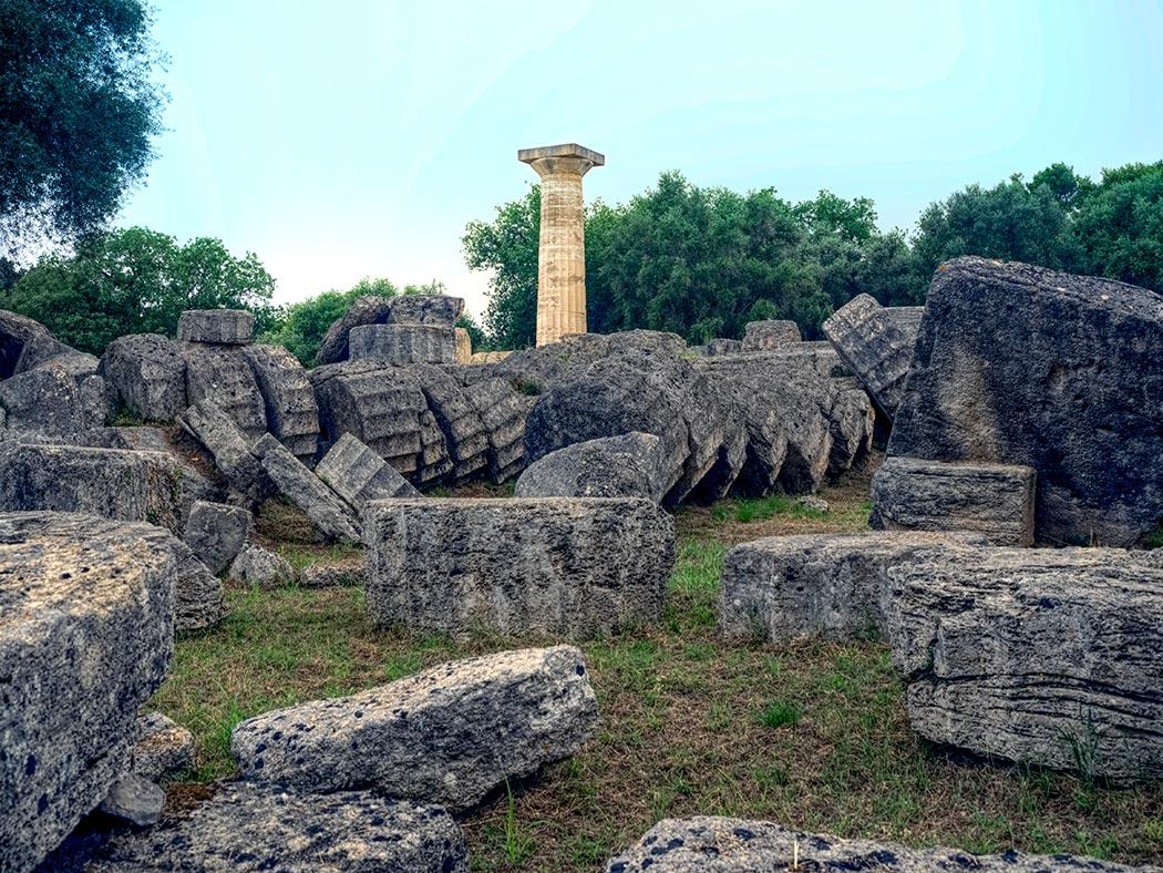 Greece-Olympia-Ancient-Sanctuary-Temple-of-Zeus